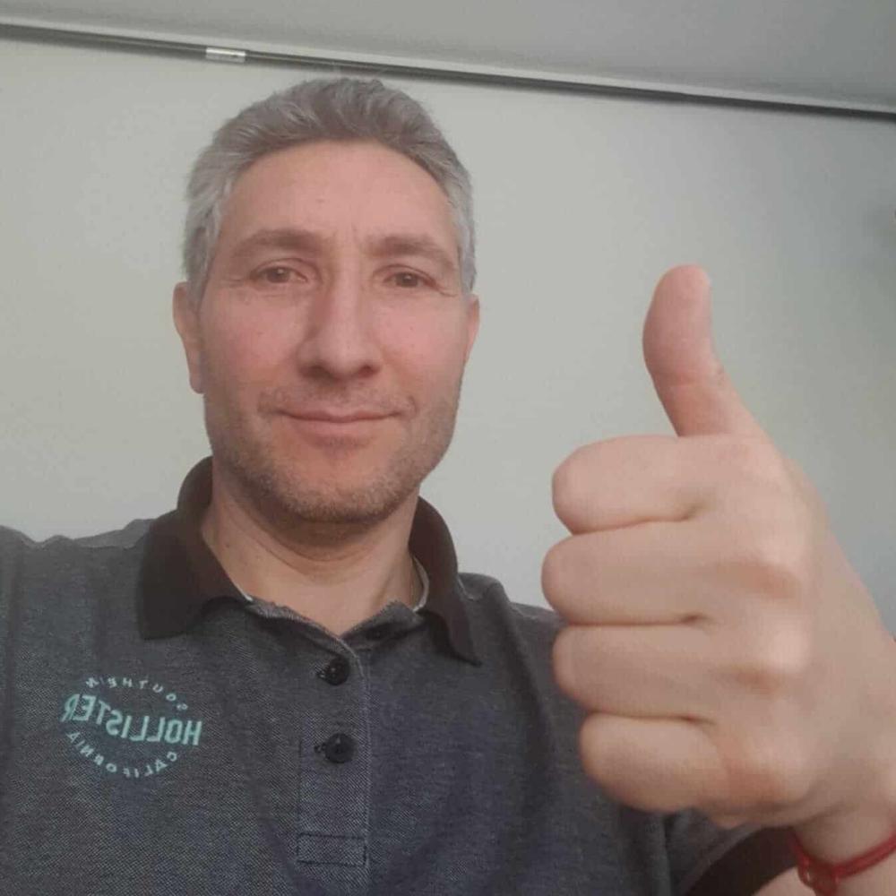 Marco Di Berardino supports HopeNow
