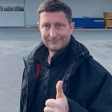 Torsten Hörisch supports HopeNow