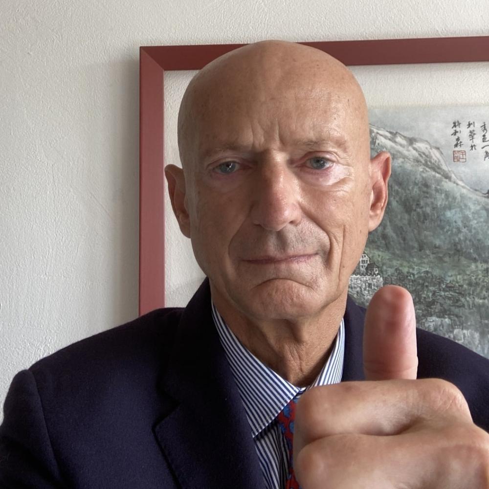 HSH Prince Michael of Liechtenstein supports HopeNow